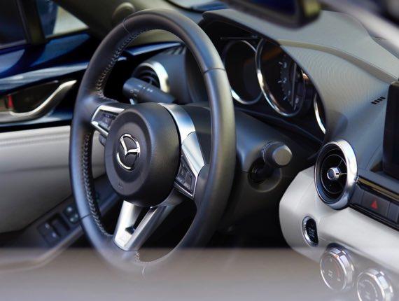 2021 Mazda MX-5 Miata RF, THE DETAILS OF INDULGENCE